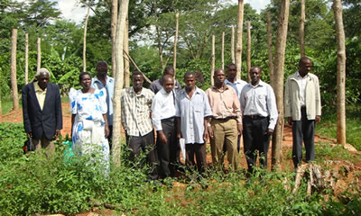 executive_committee_members_of_katikamu_farmers_association_at_the_site_of_their_coffee_factory